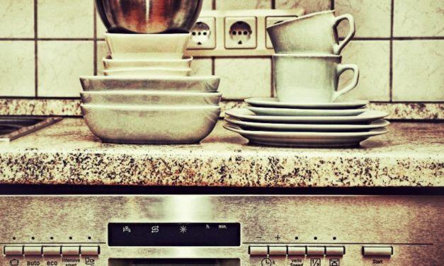 Déboucher un lave-vaisselle : conseils et astuces