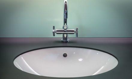 Comment aménager une petite salle de bain 2M2 ?