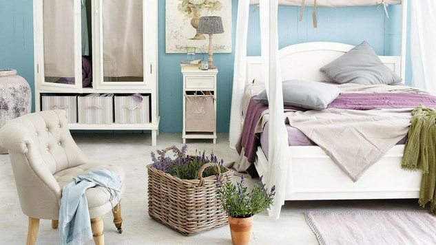 Violet et bleu pour chambre adulte