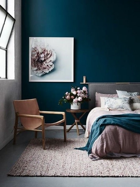 chambre simple traditionnelle bleu canard