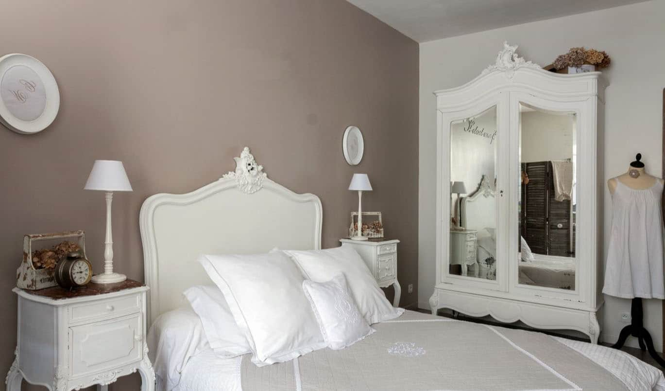 chambre romantique 40 id es d co pour la chambre de vos r ves. Black Bedroom Furniture Sets. Home Design Ideas
