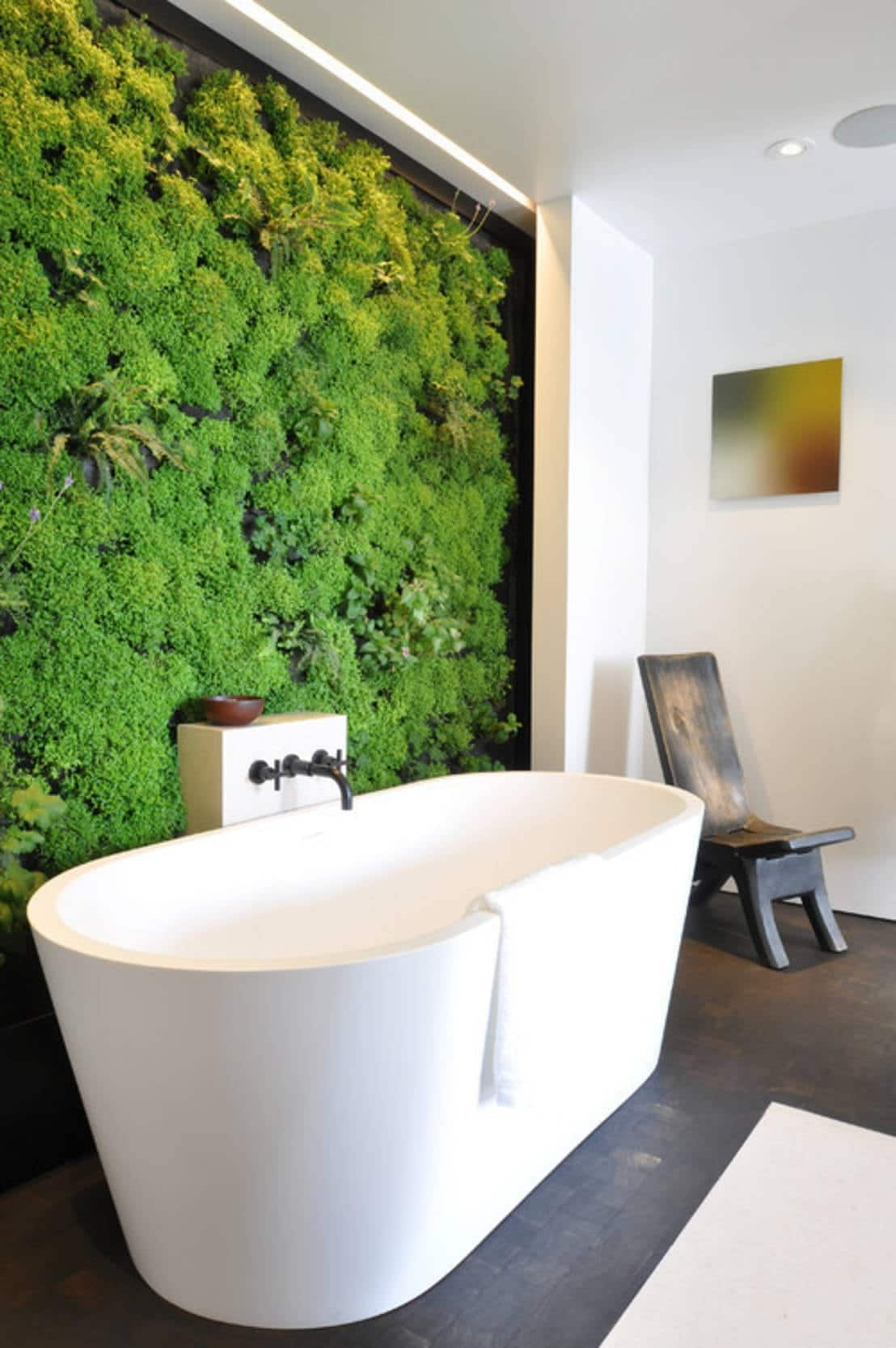 mur vegetal salle de bain