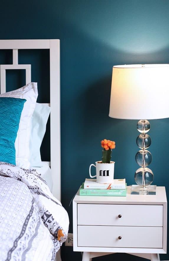 table basse chambre bleu