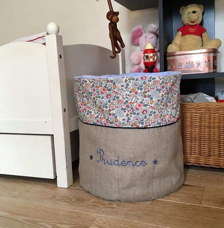 Panière grise : une idée rangement chambre enfant