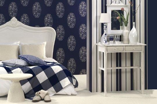 Papier peint bleu pour chambre adulte