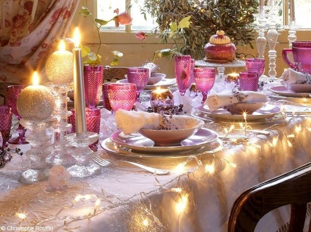 Table de Noël blanche et rose