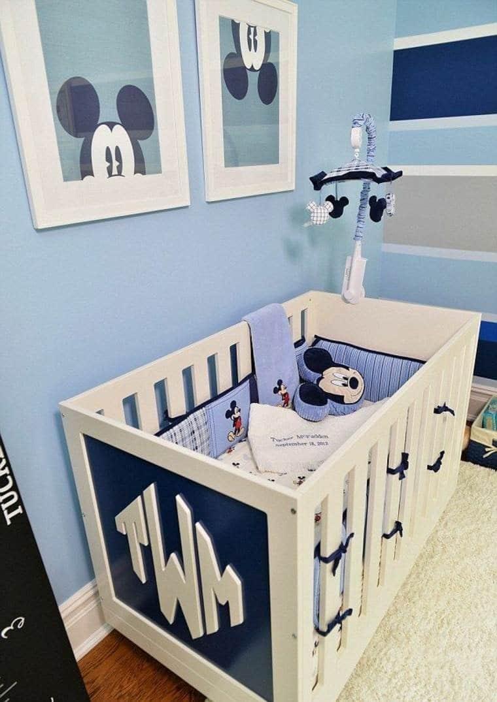 Mickey chambre bébé