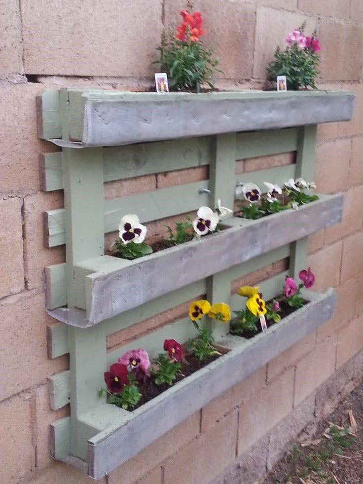 Mur palette fleurs