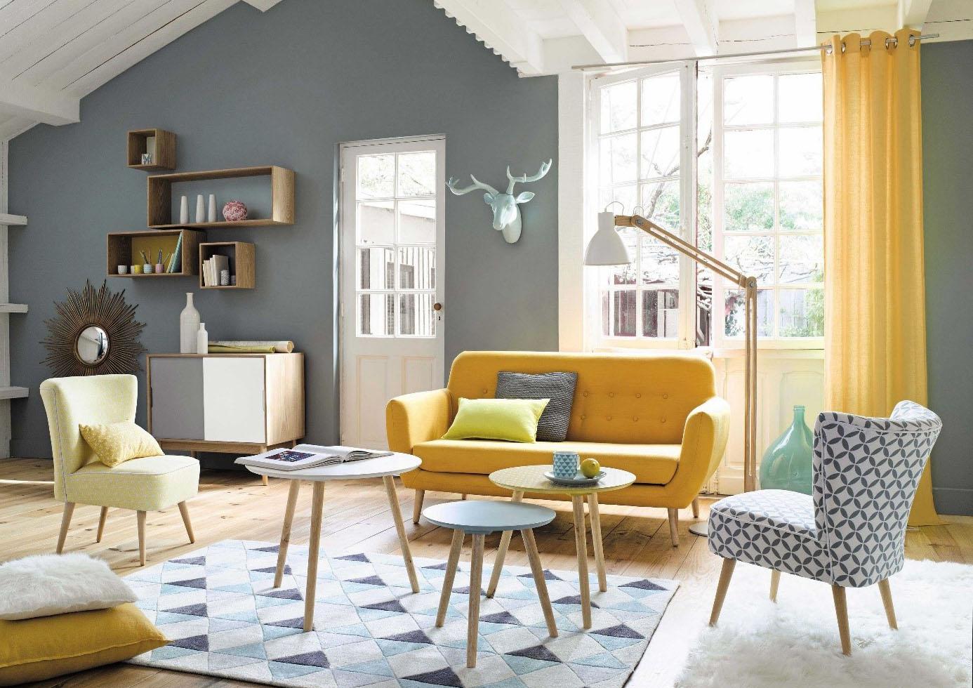 Salon bleu et jaune