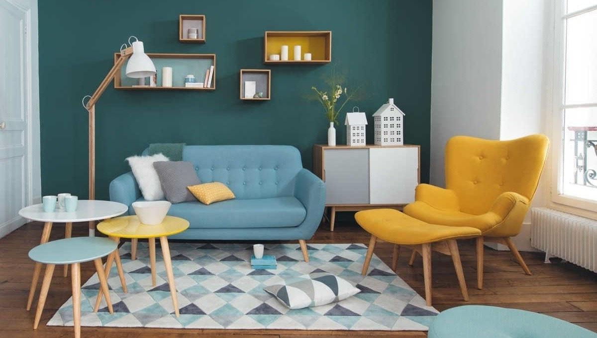 Salon style scandinave coloré