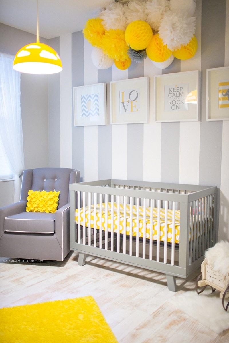 idée déco chambre bebe pompons