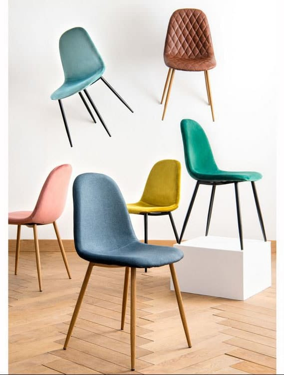 Chaise scandinave couleurs
