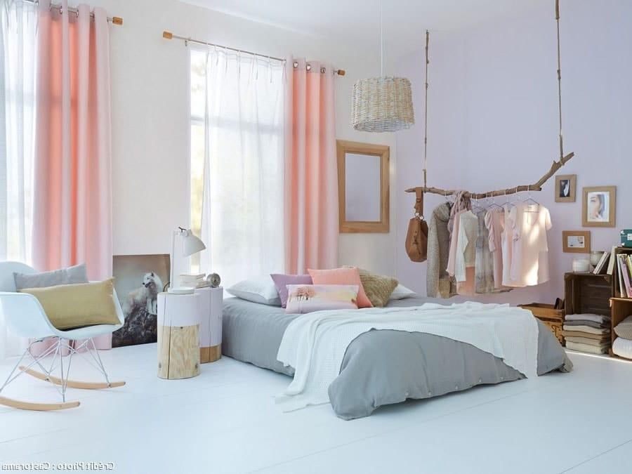 Chambre blanche et pastel