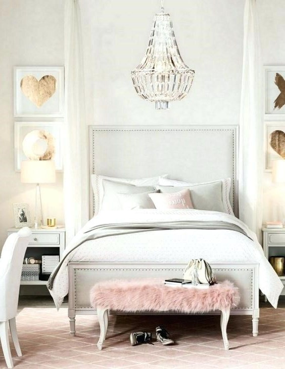 Chambre blanche romantique