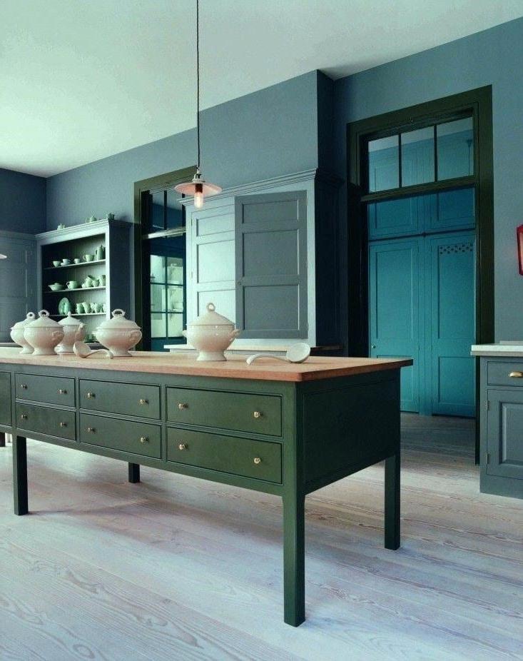 23 petites cuisines avec ilot central id es d am nagement et photos. Black Bedroom Furniture Sets. Home Design Ideas