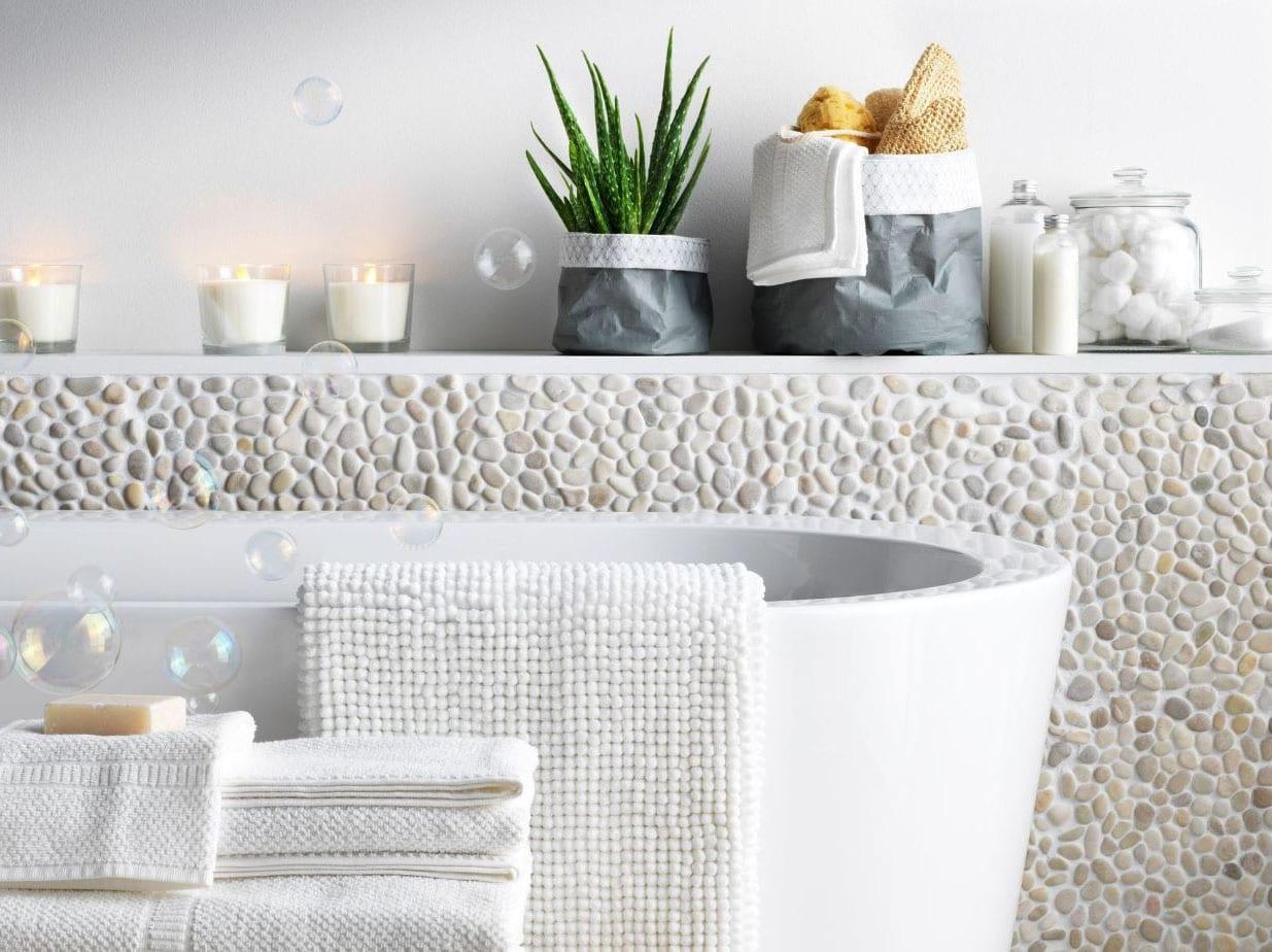 Salle de bain et galets