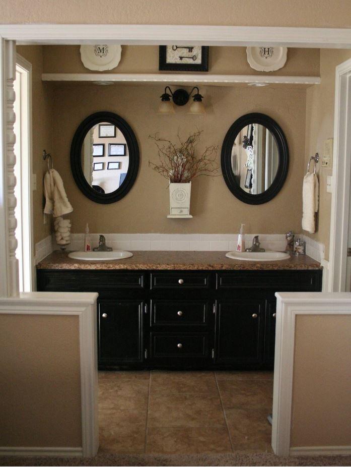 Salle de bain lin et noire