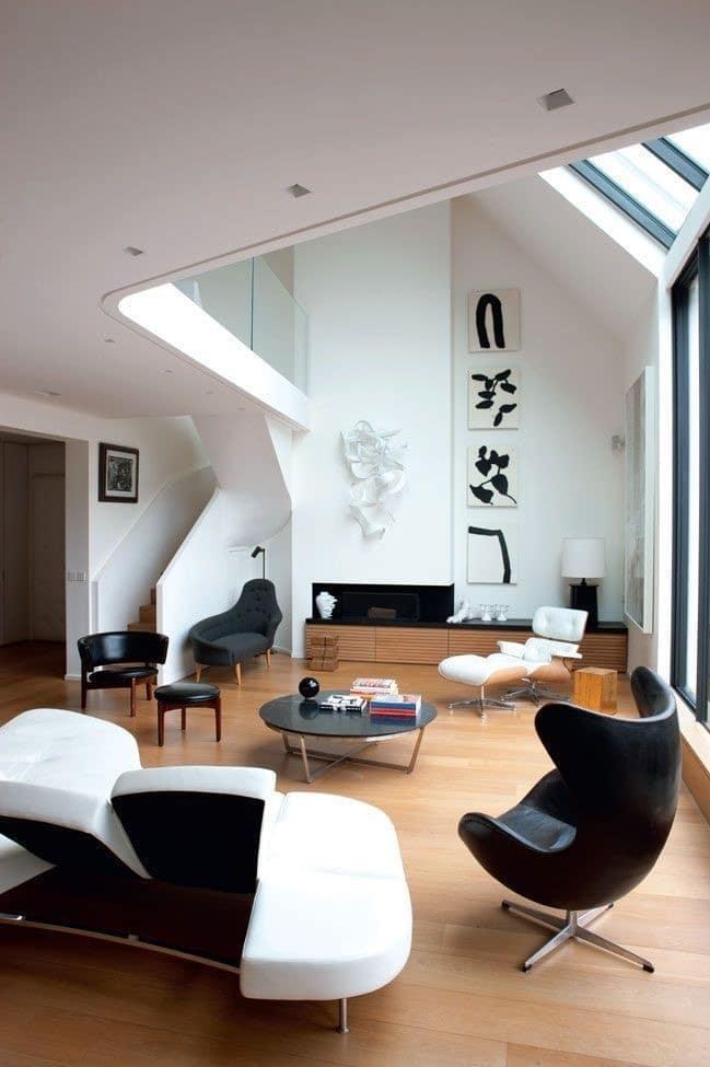 Salon loft moderne lumineux