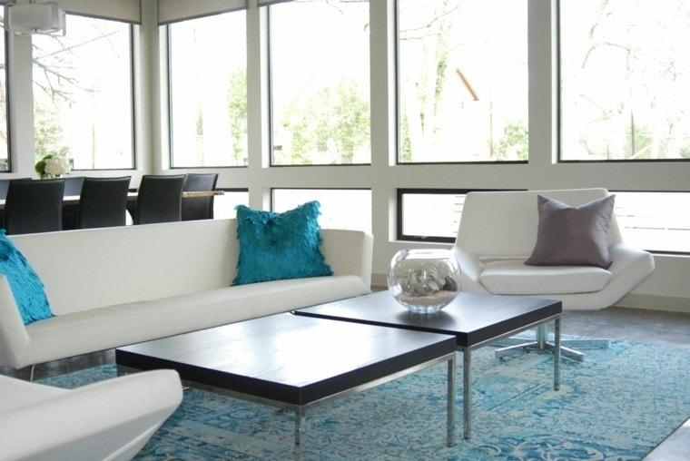 Salon sobre et moderne