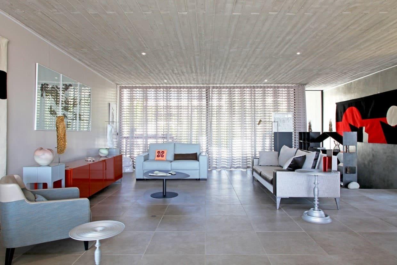 Salon très moderne