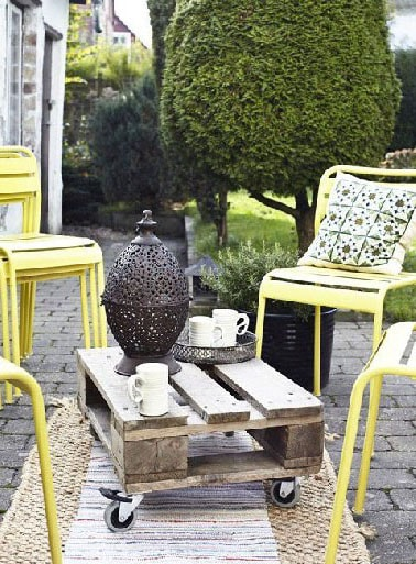 Petite Table basse en palette de jardin