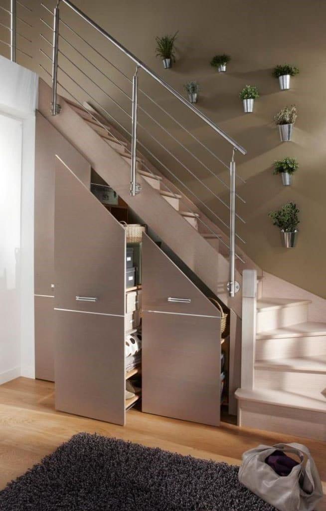 Placards Coulissants sous escalier