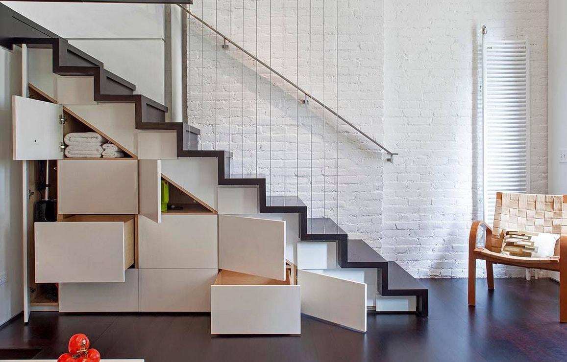 Tiroirs Et Placards de rangements sous escalier