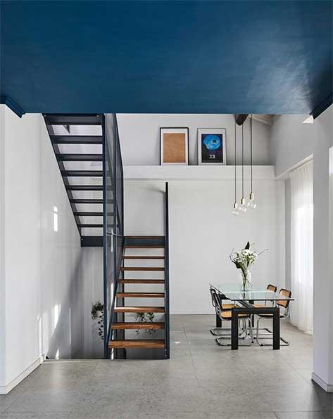 Plafond Bleu Pétrole