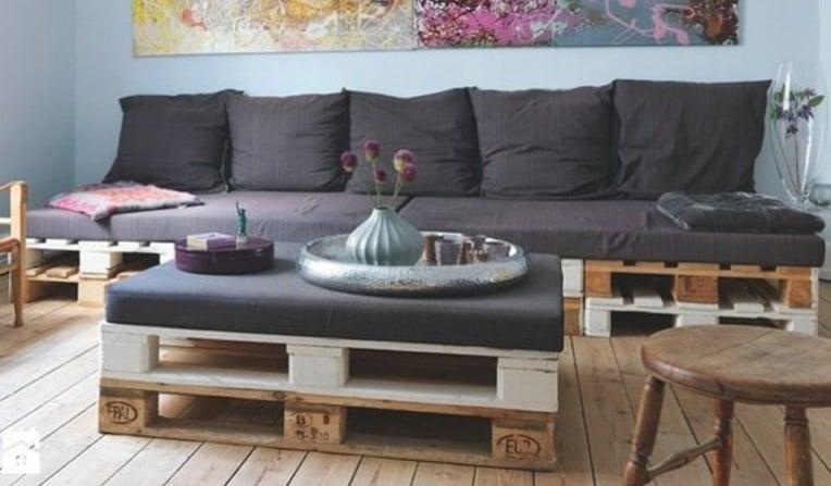 Table Palette Avec Coussin