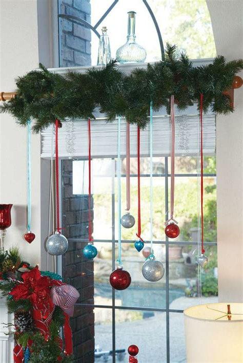 Deco Branches Et Boule De Noel