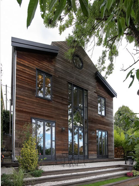 Maison En Red Cedar Grisé