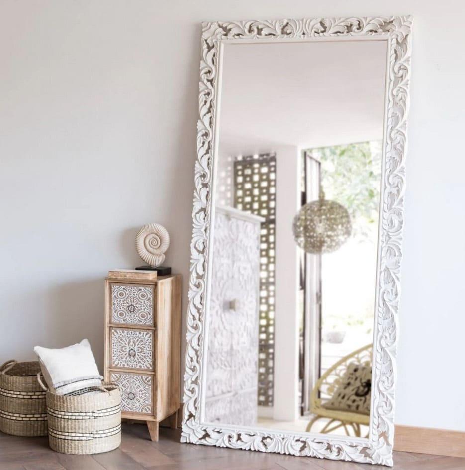 Grand miroir rectangulaire : les plus beaux modèles pour votre déco