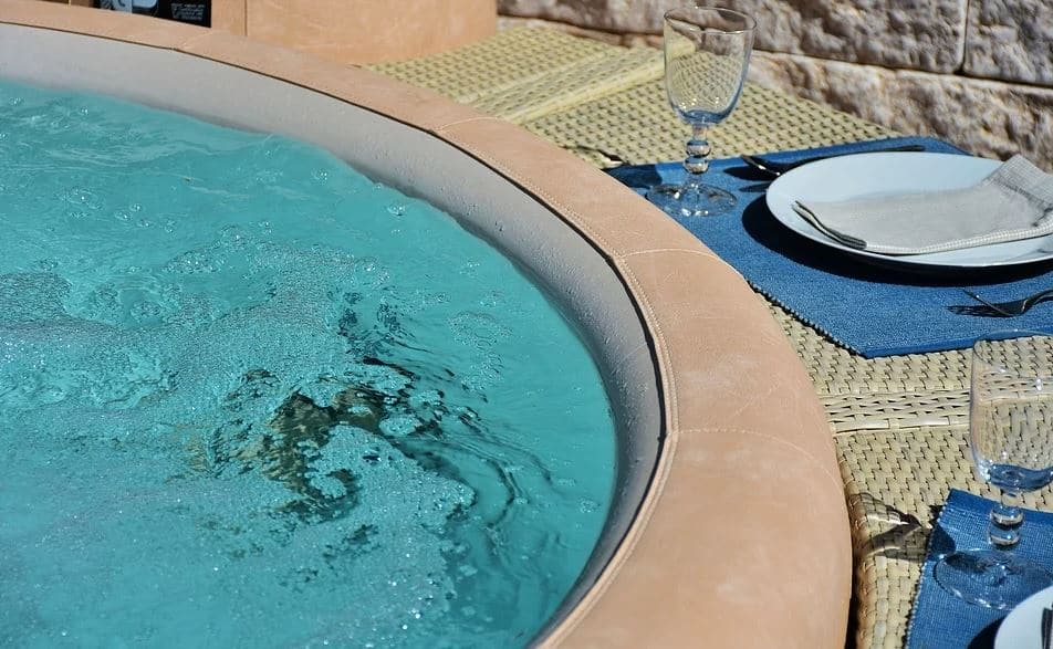 Spa Dehors Jacuzzi