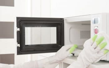 Nettoyer Micro Onde au Bicarbonate De Soude