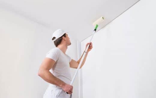 dans quel sens Peindre un Plafond