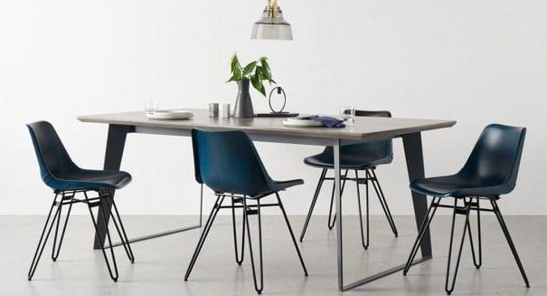 Chaise Bleu Canard Et Métal Noir