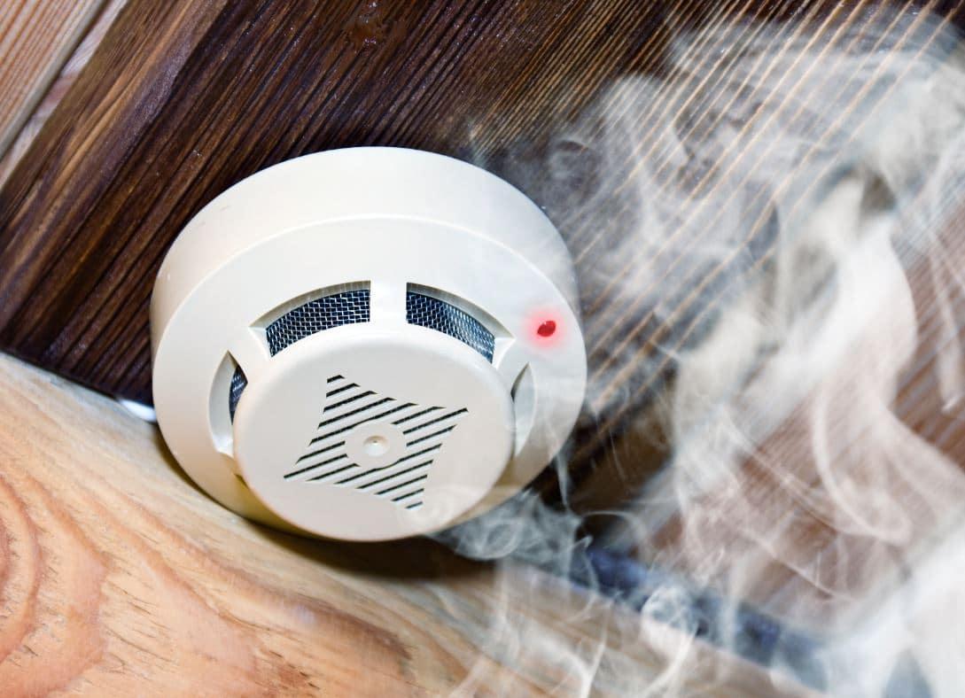 Feu Maison Detecteur Fumée