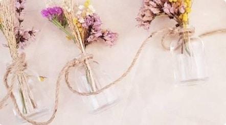 Fleurs Séchées En Guirlande