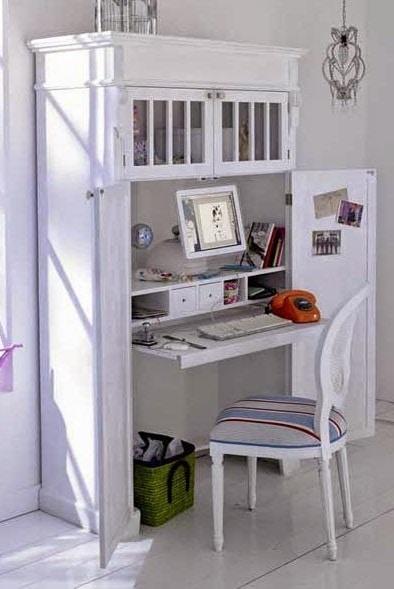 Joli Bureau