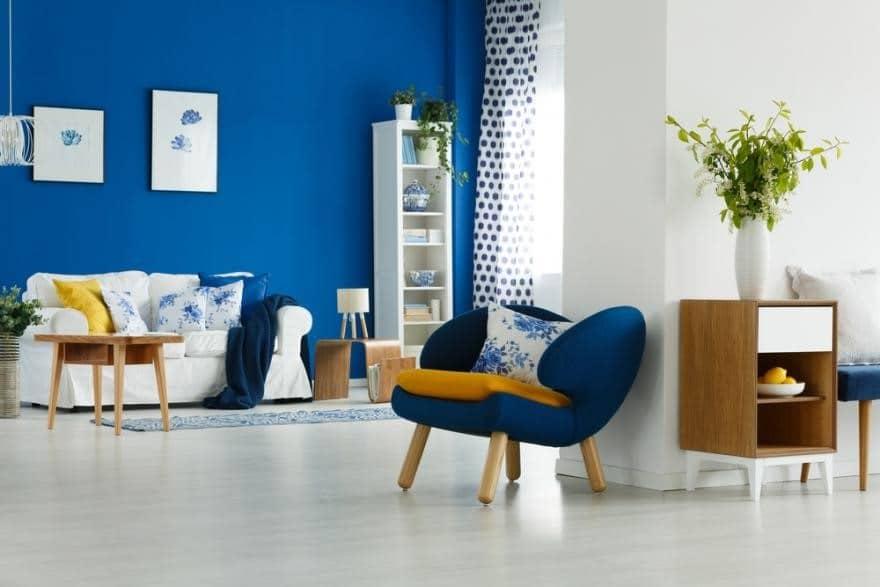 Bleu Outremer Et Jaune Moutarde