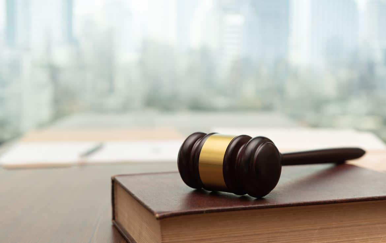 Justice Abandon De Chantier