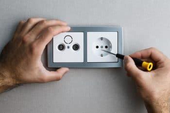 Remplacer Prise électrique