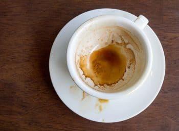 Traces De Café Dans Une Tasse